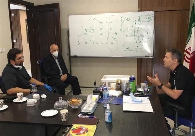 چطور هومن افاضلی از دل مافیای فوبتال ایران به لیگ برتر رسید!