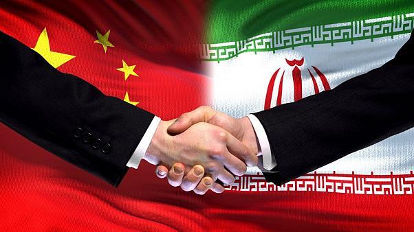تاثیر خط بانکی مستقیم ایران و چین بر بورس و اقتصاد ایران