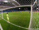 Video-Telles-misses-penalty-for-Porto-630×394