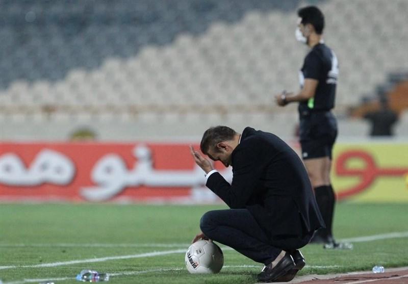 عصبانیت شدید هواداران پرسپولیس از تصمیمات گل محمدی مقابل آلومینیوم اراک