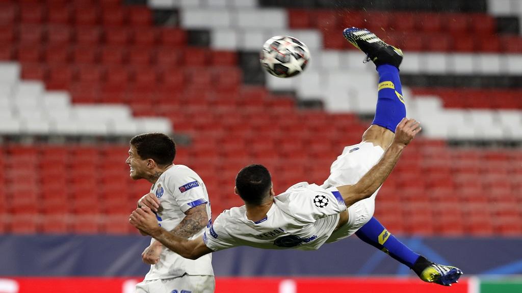 مهدی طارمی بالاتر از رونالدو در رده پنجم بهترین بازیکنان سال 2021