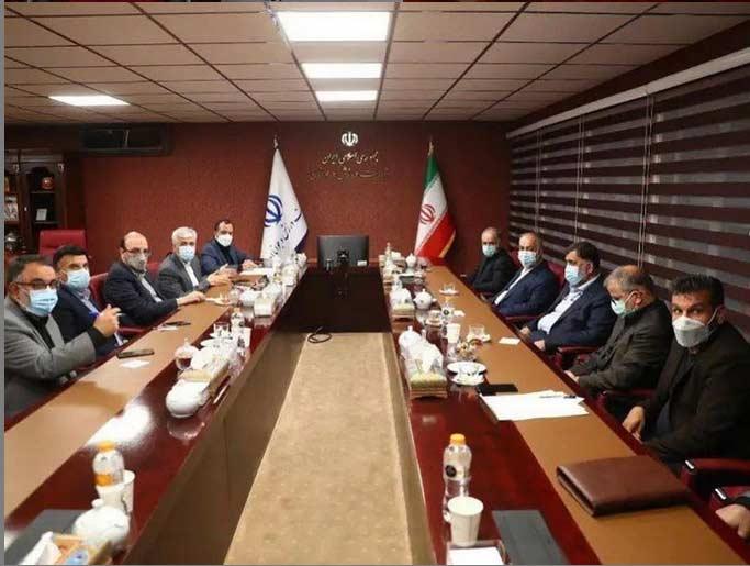 پرویز مظلومی دست راست علی نژاد در استقلال + عکس